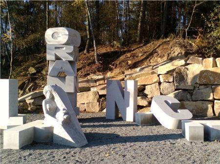 monument-nomen-omen.jpg